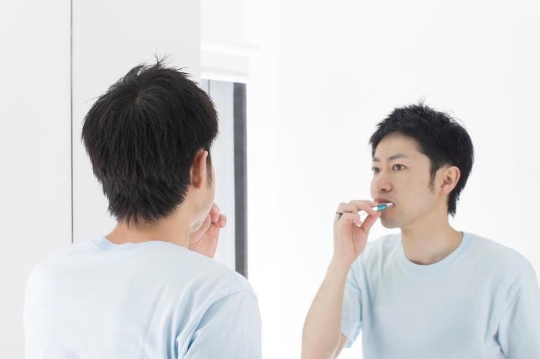 が うんこ 臭い 口 前歯の差し歯からうんこの臭い|笑うと口から腐敗臭