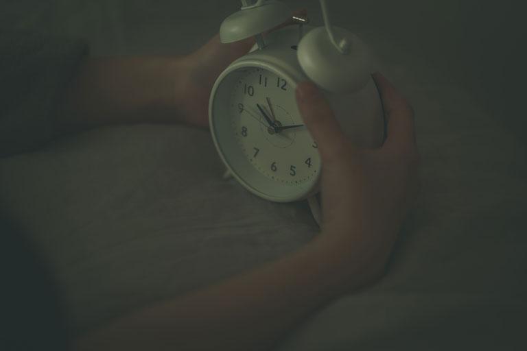歯磨きは起床後すぐと寝る前に行う